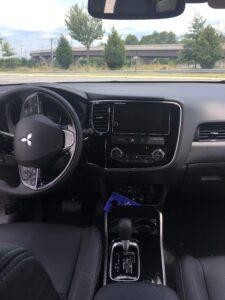 ChicDivaGeek-2017 Mitsubishi Outlander-Interior